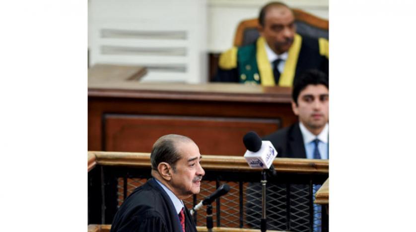 مبارک در دادگاه مرسی شرکت نکرد؛ «یورش به زندانها» به تعویق افتاد