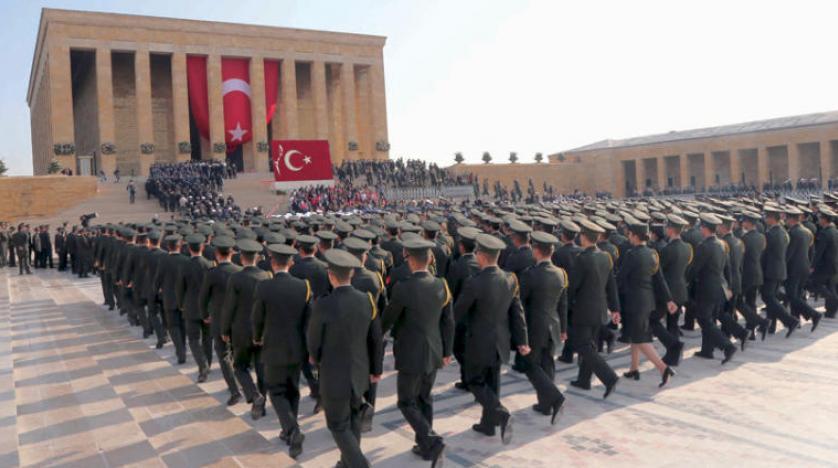 افزایش دستگیری عناصر ارتش در ترکیه به بهانه ارتباط با «گولن»