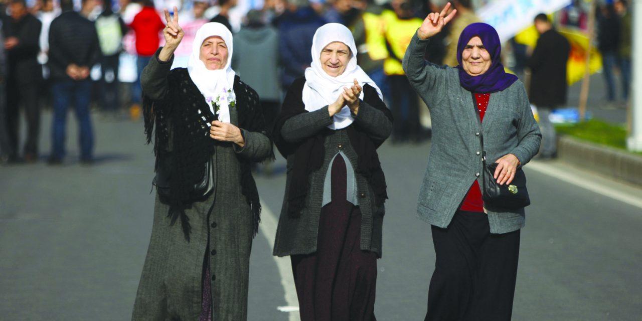 همگام با جلیقه زردها؛ مردم ترکیه برای اعتراض به گرانی به خیابان ریختند