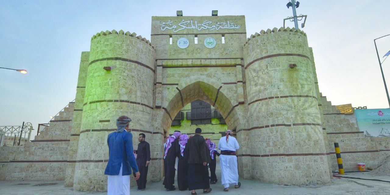 الجنادریه؛ سعودیها درحالی تاریخ را بازیابی میکنند که رو به آینده دارند