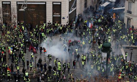 شنبه سیاه در انتظار پاریس آشفته و آماده باش کامل حکومت