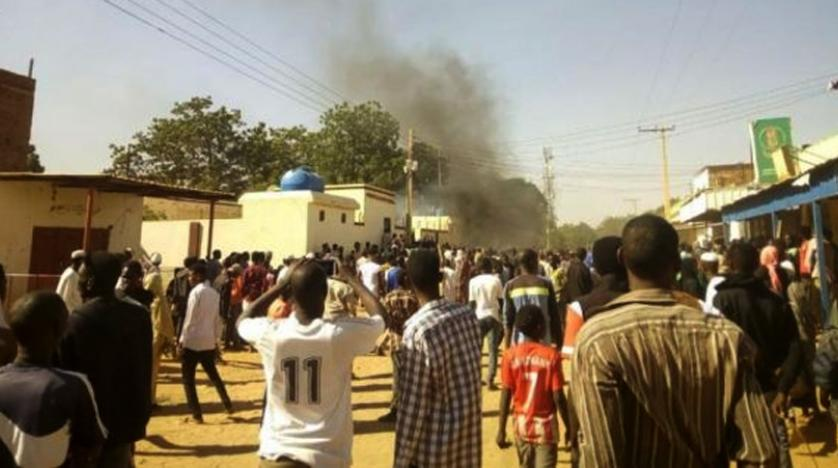 ادامه اعتراضات در سودان؛ البشیر خواستار بیتوجهی به شایعات شد