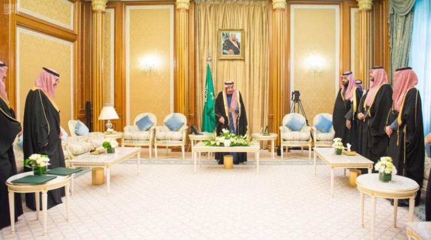 کابینه جدید سعودی در حضور خادم حرمین سوگند یاد کرد