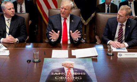 ترامپ: باوجود عقبنشینی از سوریه میخواهیم از کردها محافظت کنیم