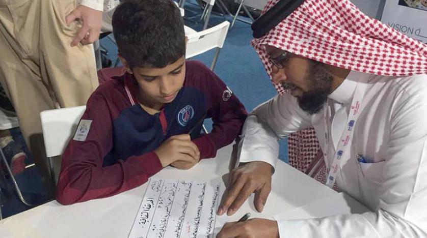 استقبال گسترده کارگاه های خط عربی از نمایشگاه کتاب جده