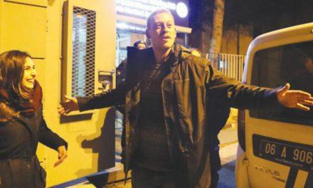 ترکیه ۱۰۰ نظامى را به اتهام ارتباط با گولن دستگیر کرد