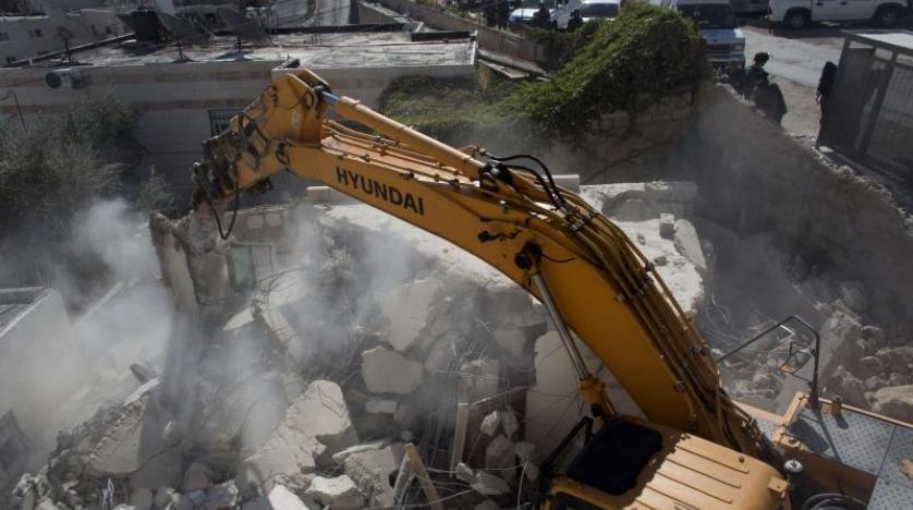 نیروهای اشغالگر منزل اسیر فلسطینی در رام الله را تخریب میکنند