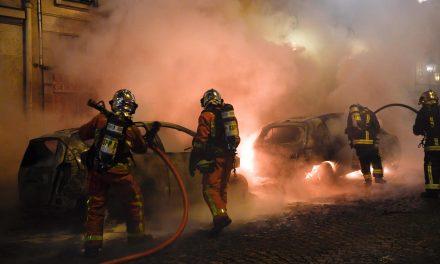 پاریس روی موج ناآرامی؛ درگیری شدید جلیقه زردها و نیروهای امنیتی