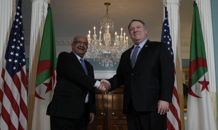 مبارزه صحرا موضوع اصلی مذاکرات وزیر خارجه آمریکا و الجزائر