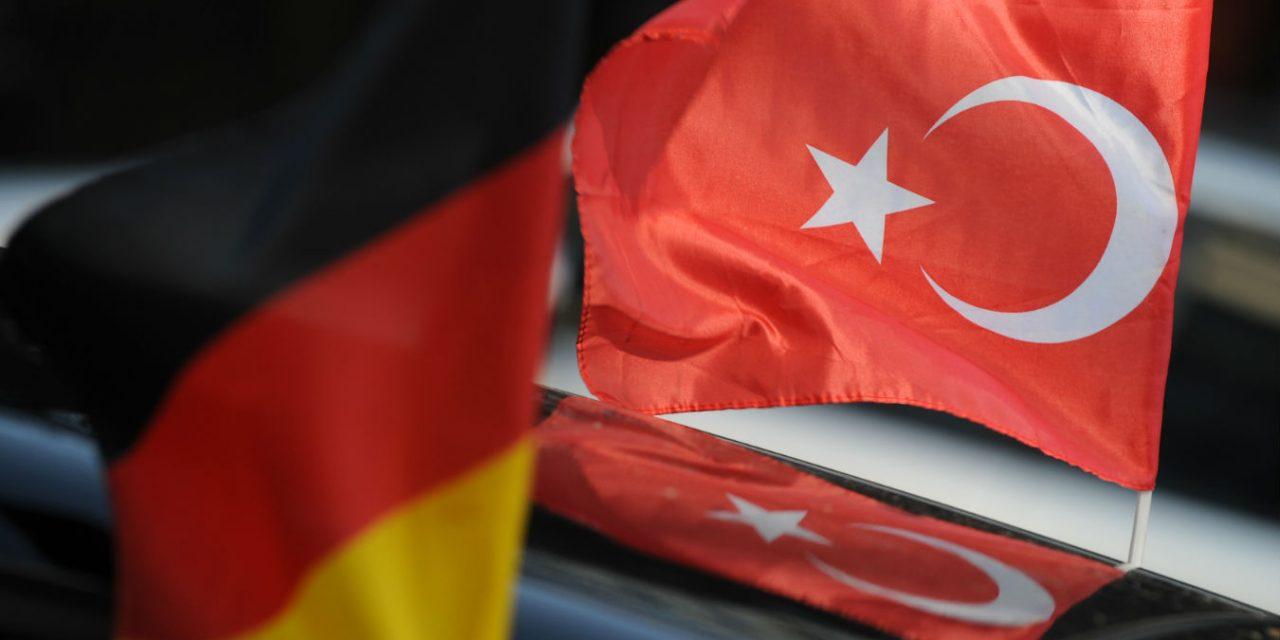 راه اندازی کمپین مقابله با تندروی مذهبی توسط ترک های مقیم آلمان