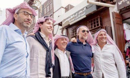 خبرنگاران ایتالیایی در منطقه تاریخی جده کوفیه سعودی به سربستند